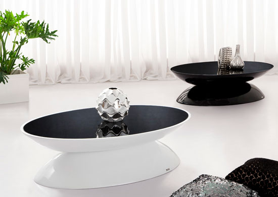 Excellent EGG' Black Glass Top Contemporary Coffee Table 550 x 390 · 32 kB · jpeg