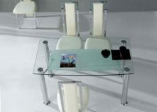 Briano - Clear Glass Table with 4 D231 Chairs